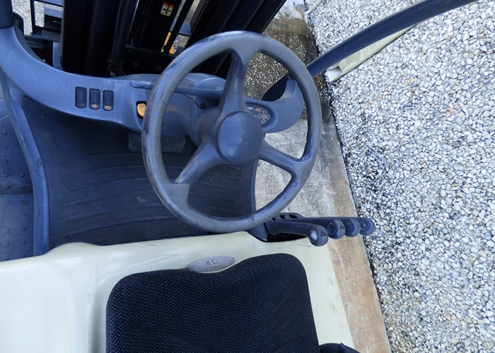FL310 - Crown FC4525-55 4 Wheel Electric Sit Down Truck