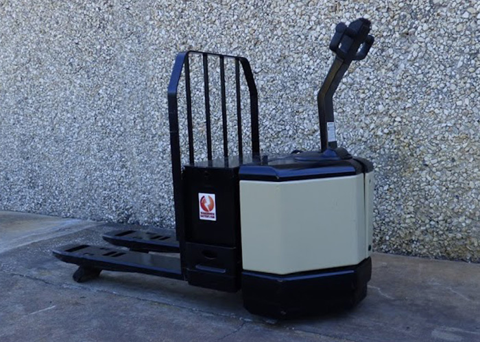 FL550 - Crown PW3520-60 Electric Pallet Jack