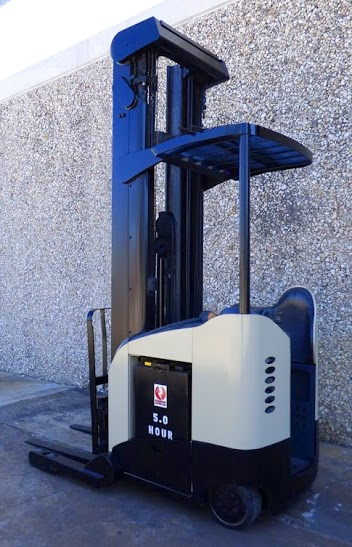 FL1226 - Crown RR5220-45 Reach Truck